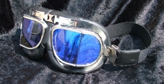 Motorcycle goggle, tinted, break- and shatterproof